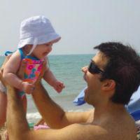 Ivan y Amelie en la playa