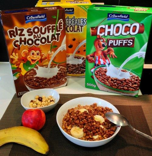 Desayuno rápido con cereales y frutas